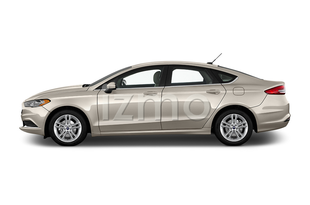 Car driver side profile view of a 2018 Ford Fusion SE 4 Door Sedan