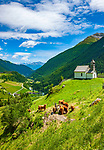 Oesterreich, Osttirol, Nationalpark Hohe Tauern, Virgental, Praegraten am Grossvenediger, Ortsteil Hinterbichl: Ausblick vom Groderhof, die Eggerkapelle und das Virgental | Austria, East-Tyrol, High Tauern National Park, Virgen Valley, Praegraten at Grossvenediger, district Hinterbichl: view from mountain Inn 'Groderhof' towards chapel Eggerkapelle and Virgen Valley