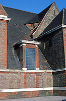 London: Hampstead Garden Suburb. Detail--St. Jude's. (Note odd similarity to Wright's Moore House in Oak Park, Illinois.  Photo '90.
