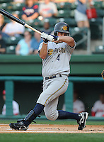 May 28, 2009: Outfielder Dan Brewer (4) of the Charleston RiverDogs, Class A affiliate of the New York Yankees, in a game against the Greenville Drive at Fluor Field at the West End in Greenville, S.C. Photo by: Tom Priddy/Four Seam Images