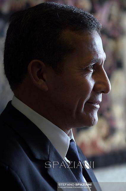 Peru's President Ollanta Humala,ope Francis meets with Peru's President Ollanta Humala during a private audience at the Vatican on November 14, 2014.