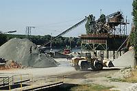 - Po river, gravel quarry..- fiume Po, cava di ghiaia