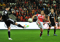 20131009 - LIEGE , BELGIUM : Standard's Vanity Lewerissa (right) pictured in a duel with Glasgow's Suzanne Lappin (left) during the female soccer match between STANDARD Femina de Liege and GLASGOW City LFC , in the 1/16 final ( round of 32 ) first leg in the UEFA Women's Champions League 2013 in stade Maurice Dufrasne - Sclessin in Liege. Wednesday 9 October 2013. PHOTO DAVID CATRY