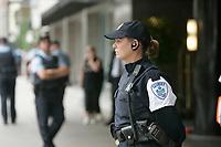 Photo d'archive de la police de Montreal -<br /> perimetre lors d'une manifestation.<br /> <br /> PHOTO :  AGENCE QUEBEC PRESSE