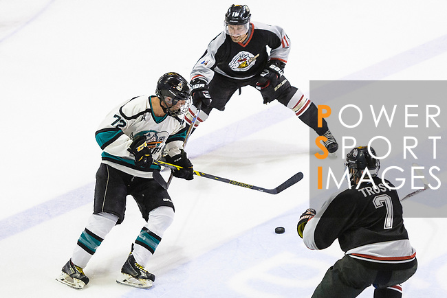 Jim Fanstone of Cathay Flyers (L) battle for the puck with Jake Trost of Nordic Vikings (R) during the Mega Ice Hockey 5s match between Cathay Flyers and Nordic Vikings on May 03, 2018 in Hong Kong, Hong Kong. Photo by Marcio Rodrigo Machado / Power Sport Images