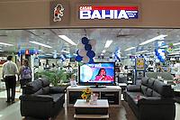 Loja Casas Bahia no Shopping Santa Cruz. São Paulo. 2009. Foto de Juca Martins.