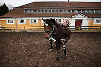 Sisse Langkilde og heste i Hørsholm rideklub. Foto: Jens Panduro.