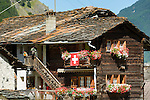 Switzerland, Canton Valais, Evolène - district Les Haudères: resort at Val d'Hérens, old Valais farmhouse | Schweiz, Kanton Wallis, Les Haudères, Ortsteil von Evolène: Ferienort im Val d'Hérens - altes Walliser Bauernhaus