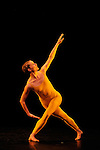 SUITE FOR FIVE....Choregraphie : CUNNINGHAM Merce..Mise en scene : CUNNINGHAM Merce..Compositeur : CAGE John..Compagnie : Merce Cunningham Dance Company..Lumiere : EMMONS Beverly..Costumes : RAUSCHENBERG Robert..Avec :..WEBER Andrea..Lieu : Theatre de la Ville..Ville : Paris..Le : 15 12 2011..Laurent Paillier