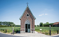 """Kapel van het Muizenhol""<br /> roadside chapel in Lierde<br /> <br /> cycling hotspots & impressions in the Vlaamse Ardennen (Flemish Ardennes) <br /> <br /> Cycling In Flanders <br /> Flanders Tourist Board<br /> <br /> ©kramon"