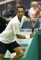 21-2-06, Netherlands, tennis, Rotterdam, ABNAMROWTT,  Parmar in action against Srichaphan