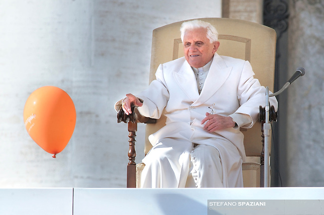 Pope Benedict XVI general audience in Saint Peter's Square;Feb. 18, 2009... December. 25, 2007.. .