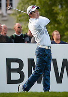 21.05.2015. Wentworth, England. BMW PGA Golf Championship. Round 1.  Jin Jeong [KOR] on the first tee. The first round of the 2015 BMW PGA Championship from The West Course Wentworth Golf Club