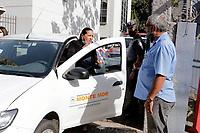 Campinas (SP), 04/05/2021 - Vacina Covid-19 - Os municípios que estavam com a falta de vacinas da Covid-19, retiraram as doses na sede do DRS-7, em Campinas (SP), nesta terça-feira (4).<br /> O estado informou que as doses distribuídas agora são para a imunização de idosos de 60 a 62 anos, prevista para ter início nesta quinta-feira (06), e também para a 2ª dose em trabalhadores da educação.