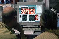 - INFM, Istituto Nazionale Fisica della Materia; centro di ricerca nazionale per le nanotecnologie S3 (nanoStructures and bioSystems at Surfaces) a Modena....- INFM, National Institute for Matter Physics; national search center for nanotechnoloy S3 (nanoStructures and bioSystems at Surfaces) in Modena