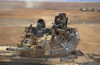 - Israeli army, M 60 Patton tanks training in the Negev desert ....- esercito israeliano, carri armati M 60 Patton in addestramento nel deserto del Negev