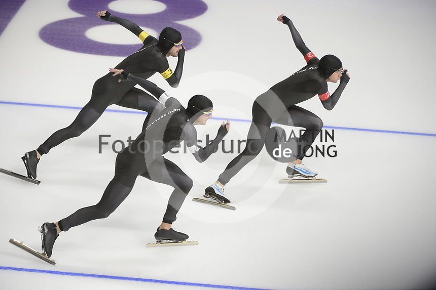 OLYMPIC GAMES: PYEONGCHANG: 21-02-2018, Gangneung Oval, Long Track, Team Pursuit, Team New Zealand, Shani Dobbin, Kay Reyon, Peter Michael, ©photo Martin de Jong