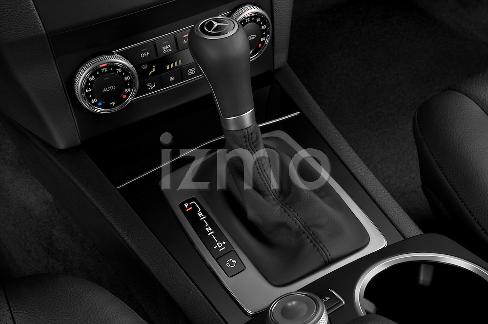 Gear shift detail view of a 2010 Mercedes GLK Class 350
