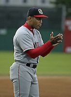 August 8, 2004:  Manager Luis Alicea of the Lowell Spinners, Single-A NY-Penn League affiliate of the Boston Red Sox, during a game at Dwyer Stadium in Batavia, NY.  Photo by:  Mike Janes/Four Seam Images