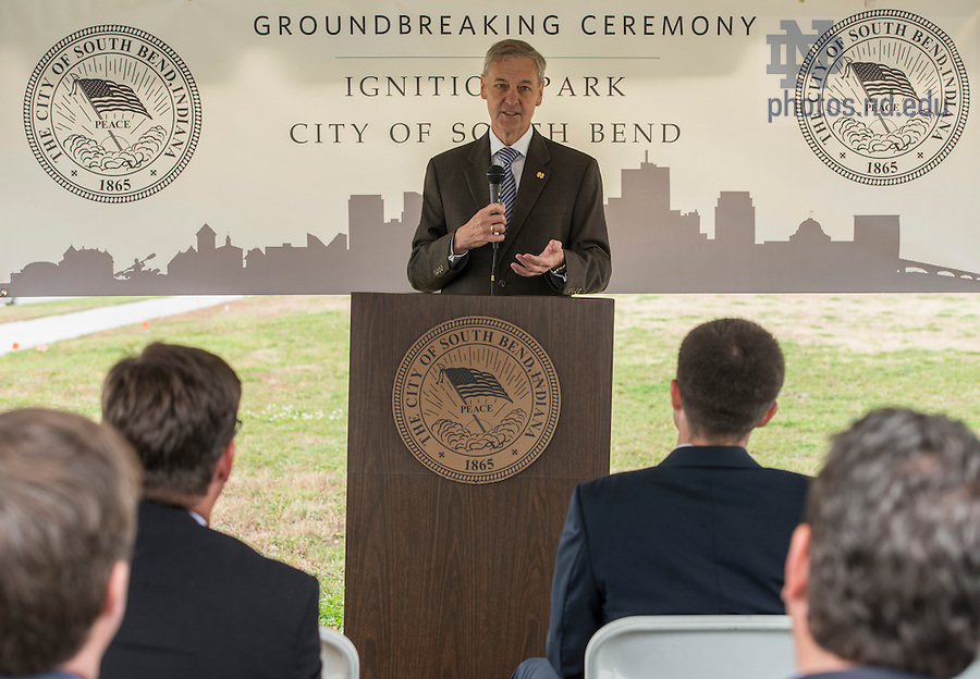 Oct. 15, 2014; John Affleck-Graves, executive vice president, speaks at the ground breaking for the ND Turbo Machinery facility in South Bend. (Photo by Barbara Johnston/University of Notre Dame)