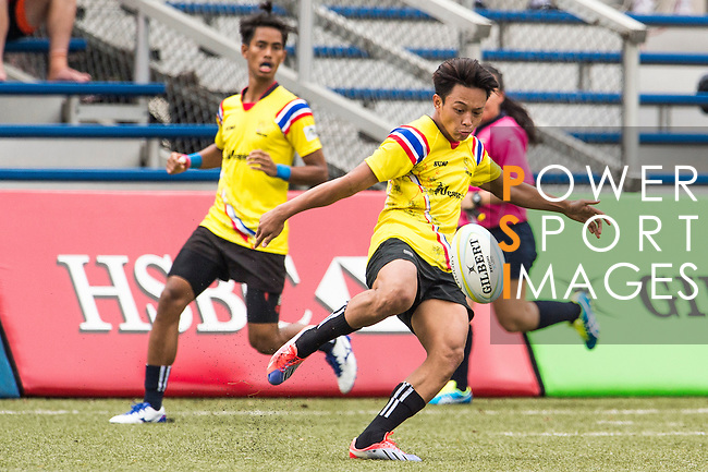 Keeta Punyawut (r) of Thailand in action during the match between Sri Lanka and Thailand of the Asia Rugby U20 Sevens Series 2016 on 12 August 2016 at the King's Park, in Hong Kong, China. Photo by Marcio Machado / Power Sport Images