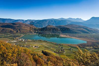 Italy, Alto Adige - Trentino (South Tyrol), Castelvecchio: picturesque hills surrounding the Lake of Caldaro | Italien, Suedtirol, Altenburg: malerische Huegellandschaft um den Kalterer See