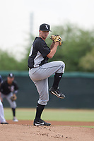 Chicago White Sox pitcher Ian Clarkin (40) delivers a pitch to the plate during an Instructional League game against the San Diego Padres on September 26, 2017 at Camelback Ranch in Glendale, Arizona. (Zachary Lucy/Four Seam Images)