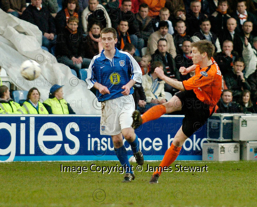 05/02/2005  Copyright Pic : James Stewart.File Name : jspa12_qots_v_dundee_utd.MARK WILSON SCORES THE SECOND...Payments to :.James Stewart Photo Agency 19 Carronlea Drive, Falkirk. FK2 8DN      Vat Reg No. 607 6932 25.Office     : +44 (0)1324 570906     .Mobile   : +44 (0)7721 416997.Fax         : +44 (0)1324 570906.E-mail  :  jim@jspa.co.uk.If you require further information then contact Jim Stewart on any of the numbers above.........A