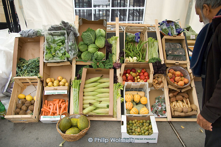 Farmers' Market stall at Prince of Wales Junction on the Harrow Road.