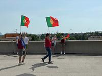 Portugisische Fans bei der EURO2020 in München<br /> - Muenchen 19.06.2021: Deutschland vs. Portugal, Allianz Arena Muenchen, Euro2020, emonline, emspor, <br /> <br /> Foto: Marc Schueler/Sportpics.de<br /> Nur für journalistische Zwecke. Only for editorial use. (DFL/DFB REGULATIONS PROHIBIT ANY USE OF PHOTOGRAPHS as IMAGE SEQUENCES and/or QUASI-VIDEO)