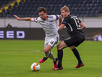Valentin Stocker (FC Basel) setzt sich gegen Martin Hinteregger (Eintracht Frankfurt) durch - 12.03.2020: Eintracht Frankfurt vs. FC Basel, UEFA Europa League, Achtelfinale, Commerzbank Arena<br /> DISCLAIMER: DFL regulations prohibit any use of photographs as image sequences and/or quasi-video.