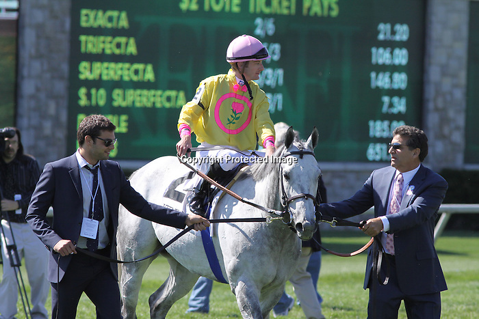 Silver Timber and Julien Leparoux after winning The Shakertown (grIII) at Keeneland Race Course. 04.10.2010