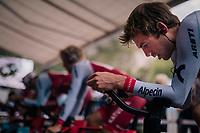 Alex Dowsett (GBR/Katusha-Alpecin) warming up<br /> <br /> UCI MEN'S TEAM TIME TRIAL<br /> Ötztal to Innsbruck: 62.8 km<br /> <br /> UCI 2018 Road World Championships<br /> Innsbruck - Tirol / Austria