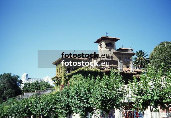 city palace in Santander<br /> <br /> palacio de la ciudad en Santander<br /> <br /> Stadtpalast in Santander<br /> <br /> 3509 x 2428 px<br /> Original: 35 mm slide transparency