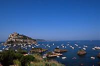 Italien, Ischia, Castello Aragonese in Ponte, Scogli di Santa Anna