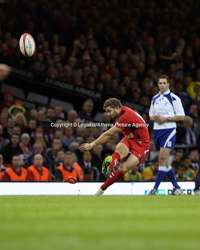 Pictured: Leigh Halfpenny of Wales scores from the spot. Saturday 08 November 2014<br /> Re: Dove Men Series rugby, Wales v Australia at the Millennium Stadium, Cardiff, south Wales, UK.