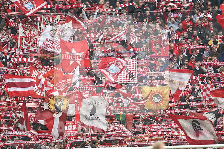 16.10.2010, Allianz Arena, Muenchen, GER, 1.FBL, FC Bayern Muenchen vs Hannover 96, im Bild fans  , Foto © nph / Straubmeier