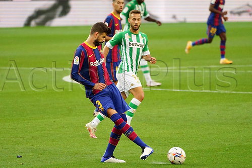 7th November 2020; Camp Nou, Barcelona, Catalonia, Spain; La Liga Football, Barcelona versus Real Betis;   Gerard Pique plays the ball away from danger