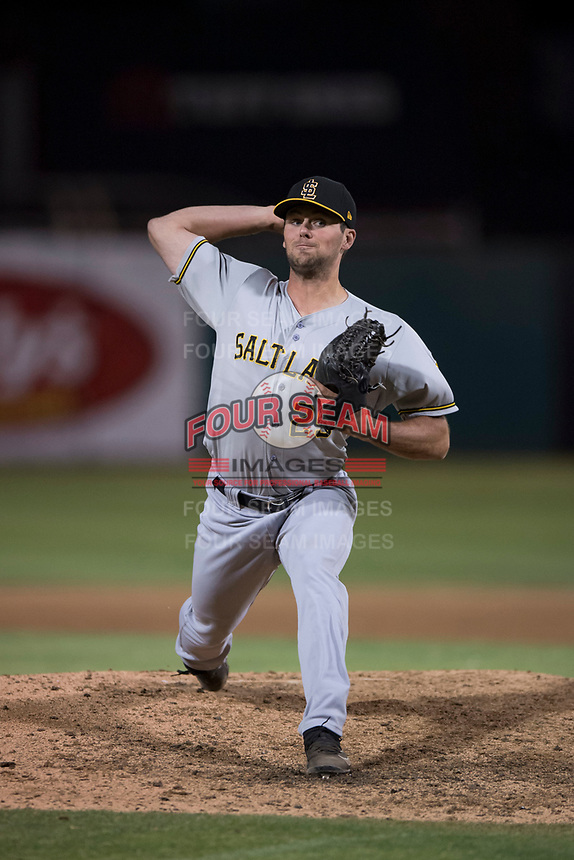 Salt Lake Bees relief pitcher Jake Jewell (25) delivers a pitch to the plate during a Pacific Coast League game against the Fresno Grizzlies at Chukchansi Park on May 14, 2018 in Fresno, California. Fresno defeated Salt Lake 4-3. (Zachary Lucy/Four Seam Images)