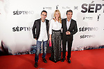 Director Patxi Amezcua (L), Actress Belen Rueda (C) and actor Ricardo Darín (R) attend the 'Septimo' premiere photocall at Capitol cinemas on November 5, 2013 in Madrid, Spain. (ALTERPHOTOS/Victor Blanco)