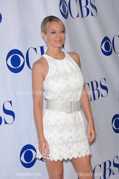 """Shark star Jeri Ryan at the CBS Summer Press Tour """"Stars Party 2007"""" on the Wadsworth Theatre Great Lawn..July 20, 2007  Los Angeles, CA.Picture: Paul Smith / Featureflash"""