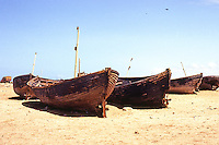 Somalia: Berbera. Rotting fishing boats. Photo '82.