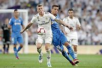 Real Madrid's Toni Kroos (l) and Getafe CF's Nemanja Maksimovic during La Liga match. August 19,2018.  *** Local Caption *** © pixathlon<br /> Contact: +49-40-22 63 02 60 , info@pixathlon.de