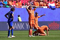 Celebration des joueuses des Pays Bas en fin de match<br /> Dominique Bloodworth (Pays Bas) <br /> <br /> Valenciennes 29-06-2019 <br /> Football Womens World Cup <br /> Italia - Olanda <br /> Photo JB Autissier/ Panoramic/Insidefoto <br /> ITALY ONLY