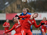 20180127 - AALTER , BELGIUM : Brugge's Elle Decorte (middle) pictured in a fight for the ball with Standard's Lola Wajnblum (left) and Standard's Justine Blave (right) during the quarter final of Belgian cup 2018 , a womensoccer game between Club Brugge Dames and Standard Femina de Liege , in Aalter , saturday 27 th January 2018 . PHOTO SPORTPIX.BE | DAVID CATRY