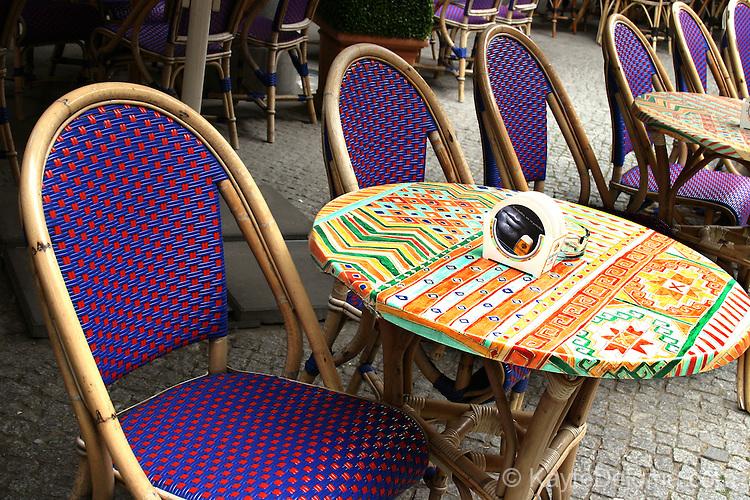 Sidewalk Restaurant at Postdamer Platz, Berlin, Germany