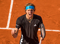 Paris, France, 3 june, 2019, Tennis, French Open, Alexander Zverev (GER) celebrates his victry over Italian Fabio Fognini<br /> Photo: Henk Koster/tennisimages.com