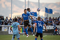SAN JOSE, CA - MAY 22: Andres Rios #25 of the San Jose Earthquakes heads the ball during a game between San Jose Earthquakes and Sporting Kansas City at PayPal Park on May 22, 2021 in San Jose, California.