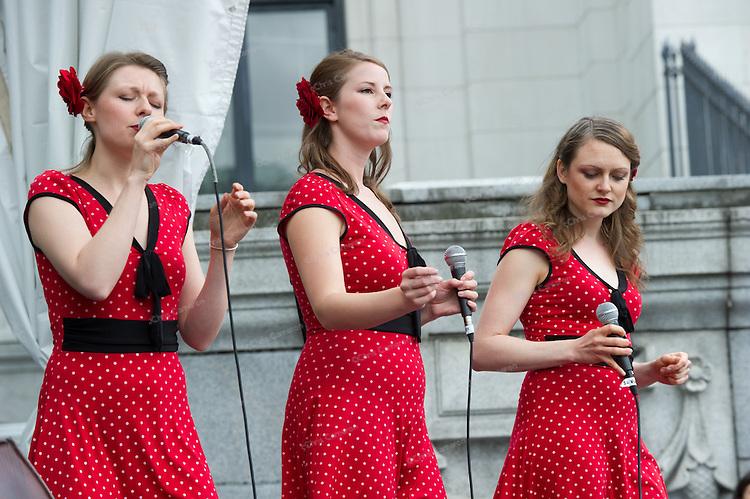 Company B Jazz Band at Robson Square.