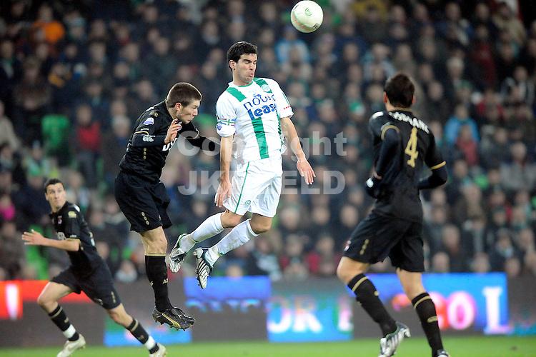voetbal fc groningen - az eredivisie seizoen 2008-2009 28-11-2008  kopduel koen vd laak. fotograaf jan kanning . . .